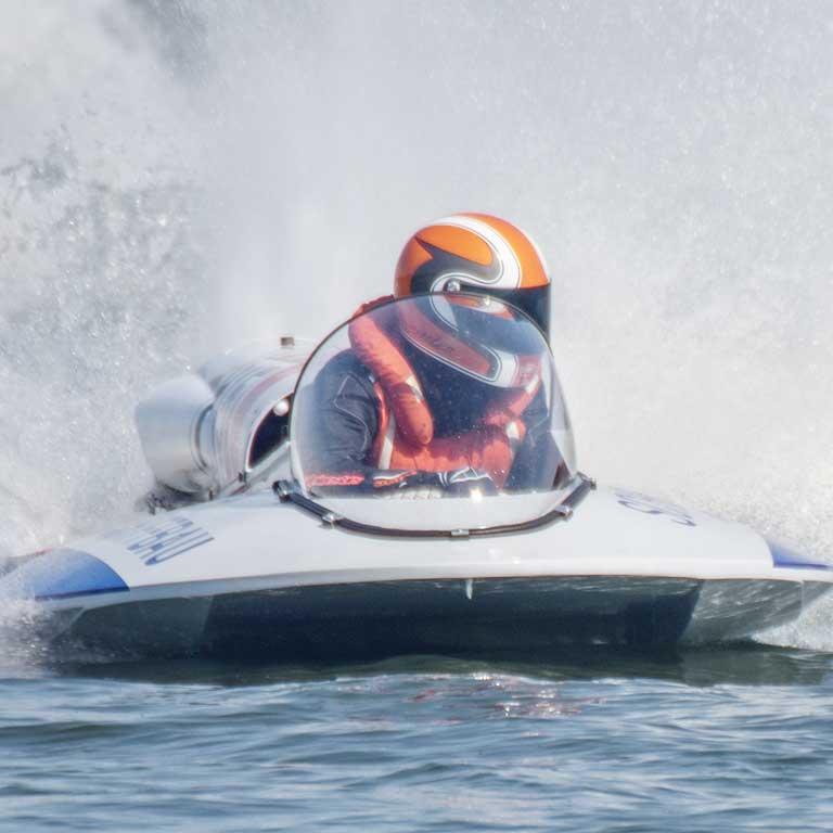 Cut Resistant Fabric for Powerboating