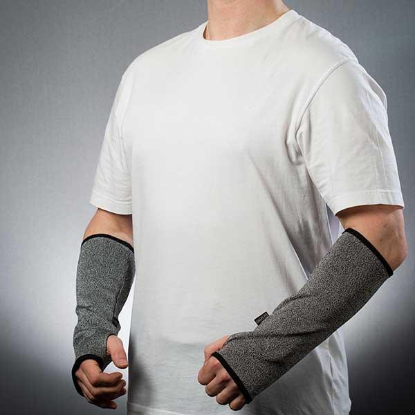 Slash resistant armguards